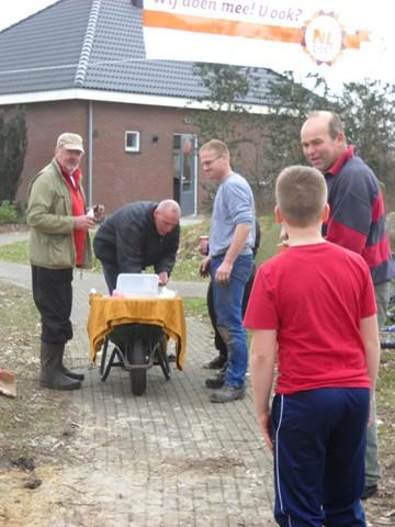 nl-doet-2012-057-kopie